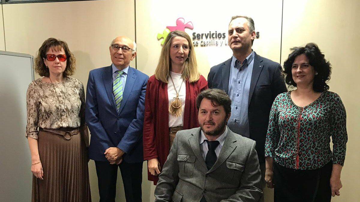 La consejera de Familia e Igualdad de Oportunidades recibe a la nueva Junta Directiva de CERMI CyL