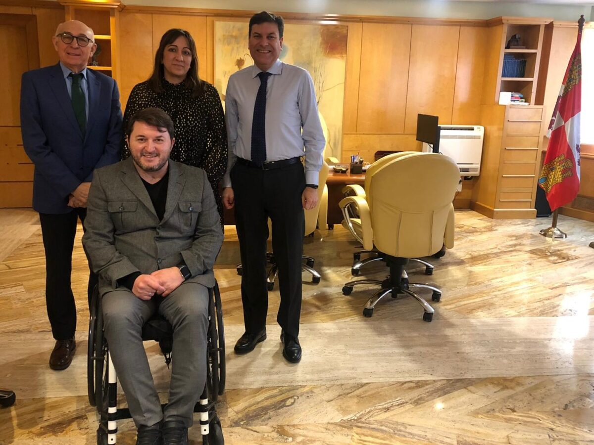 CERMI Castilla y León se reúne con el consejero de Economía y Hacienda de la Junta de Castilla y León  para trasladarle sus demandas